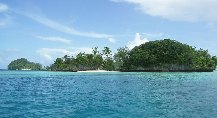 1024px-Palau-rock-islands20071222