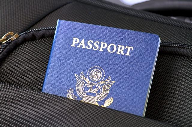 passport-2642171_640