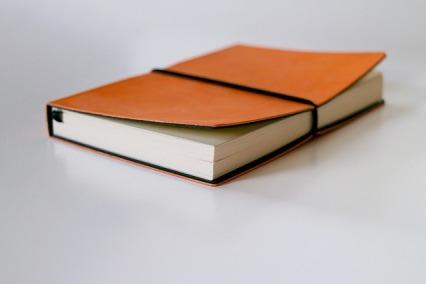 notebook-1886731_640